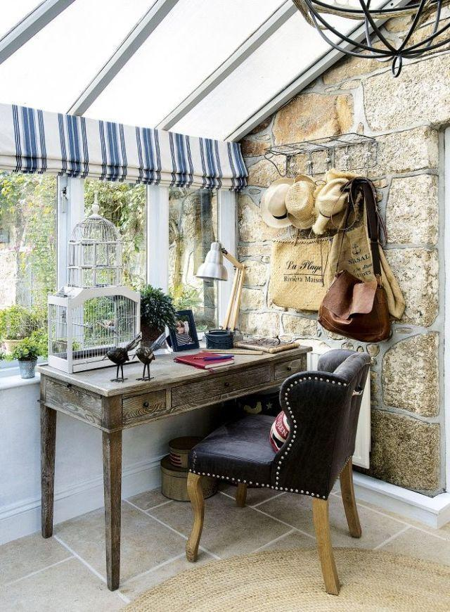 <p>A desk placed in a corner of a conservatory makes a stylish stud<span>Y.</span></p>