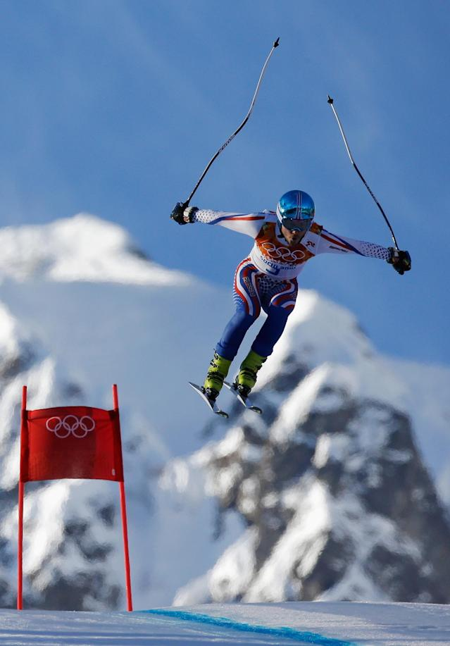 SOCHI, RUSSIA - FEBRUARY 14: Alexander Khoroshilov of Russia competes during the Alpine Skiing Men's Super Combined Downhill on day 7 of the Sochi 2014 Winter Olympics at Rosa Khutor Alpine Center on February 14, 2014 in Sochi, Russia. (Photo by Ezra Shaw/Getty Images)