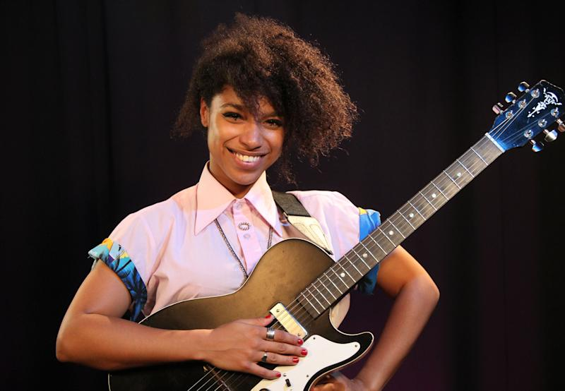 """This Aug. 3, 2012 photo shows British singer Lianne La Havas in New York. La Havas released her debut album, """"Is Your Love Big Enough?,"""" in August and she'll join John Legend on tour in October. (AP Photo/John Carucci)"""