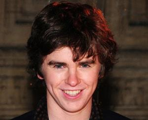 Bates Motel Taps Freddie Highmore to Play Norman, Also Casts the Problem Child's Brother