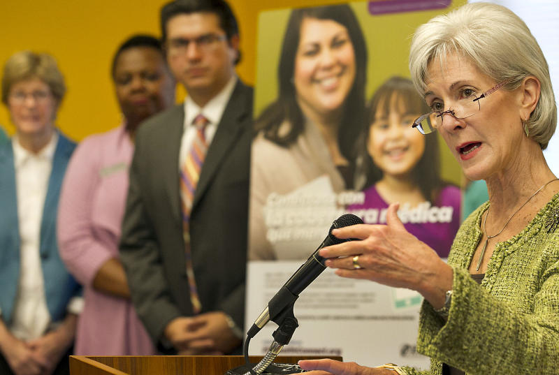 U.S. Secretary of Health and Human Services Kathleen Sebelius visited a call center at United Way of Greater Austin Friday, March 28, 2014, in Austin, Texas, to highlight local efforts to enroll consumers in affordable health coverage, just three days before the March 31 enrollment deadline. (AP Photo/Austin American-Statesman, Ralph Barrera)