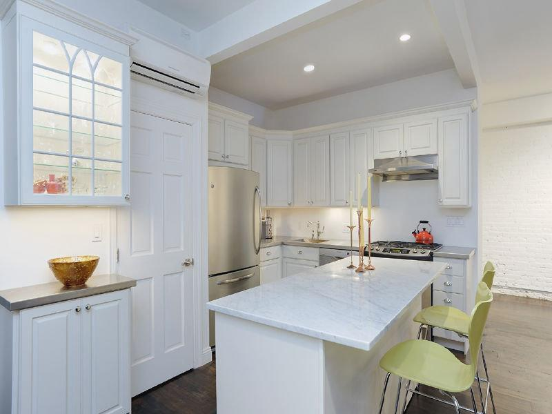 The loft's kitchen, from a prior real estate listing. (StreetEasy)