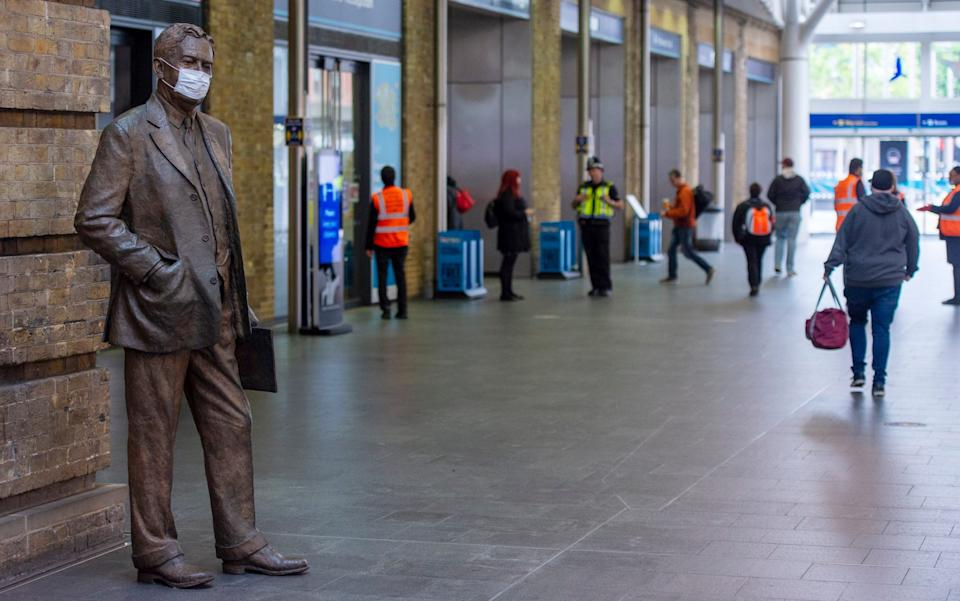 King's Cross Station is set to be closed for six days from Christmas Day - Geoff Pugh