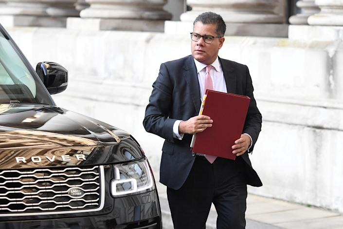 Britain's Business Secretary Alok Sharma arrives for a cabinet meeting at the FCO in London, Britain September 22, 2020. Photo: Leon Neal/Pool via Reuters