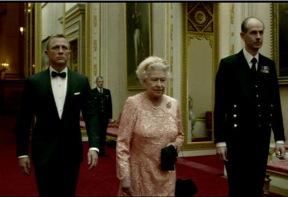 Queen Honoured With Bafta Award For 'Most Memorable Bond Girl Yet'