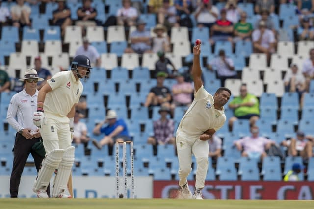 Vernon Philander, right, is retiring from international cricket after the series against England