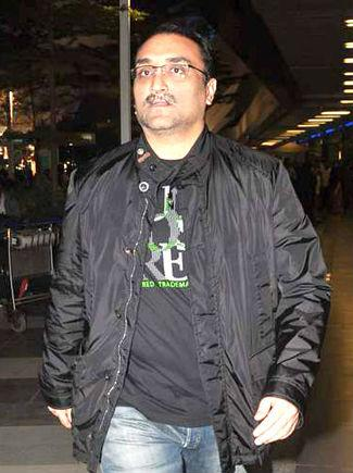 <p>Though the exact amount is not known, Aditya Chopra and his former wife Payal Khanna, who was his childhood friend, are said to have gone through one of the costliest divorces in Bollywood. The divorce was finalised in 2009, after which Aditya got married to Rani Mukherjee. According to rumours, apart from a huge sum of money, his former wife also got a palatial house that he owns in Juhu transferred to her name.<br /><br />By http://www.bollywoodhungama.com – http://www.bollywoodhungama.com/celebritymicro/images/id/134/category/parties/type/view/imageid/1399470/, CC BY 3.0, https://commons.wikimedia.org/w/index.php?curid=20144394 </p>