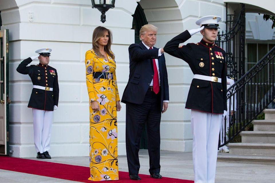 <p>FLOTUS accompanied the president in seeing off the Indian Prime Minister from the White House in a bright yellow Emilio Pucci floral dress.</p>