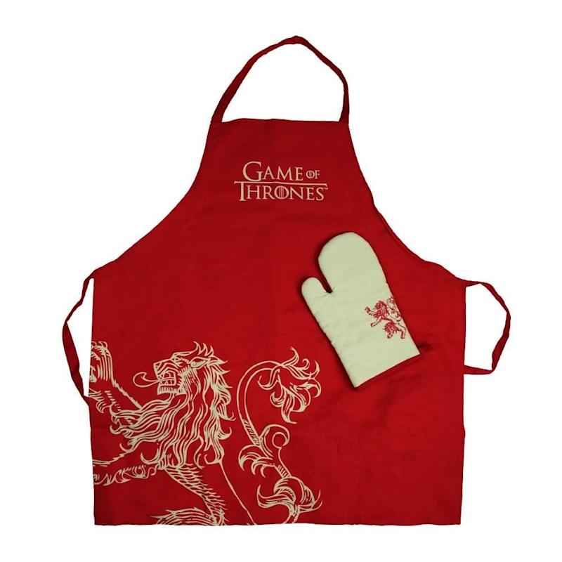 House Lannister Apron and Oven Mitt (Photo: HBO Store)