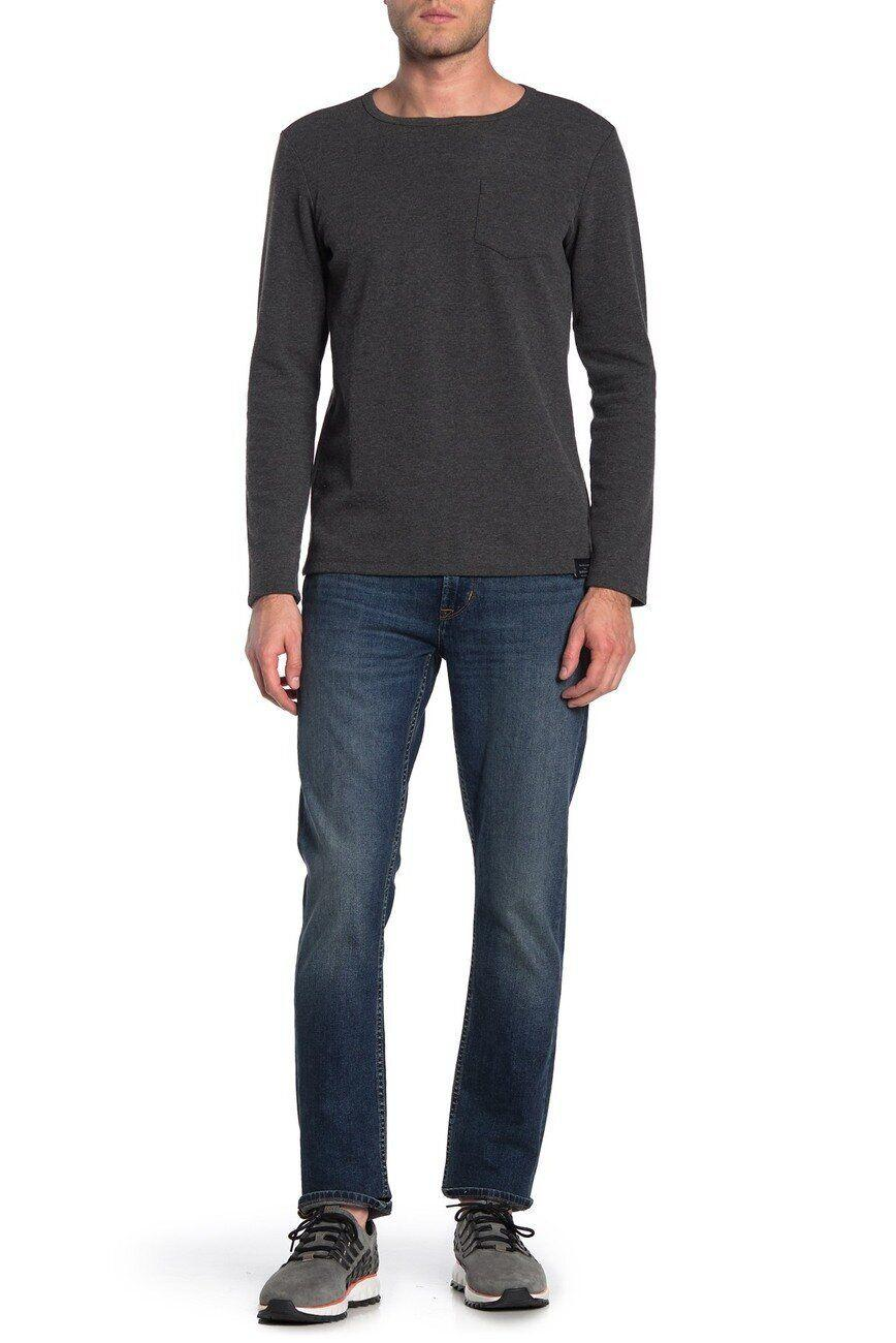 """These jeans have a slimmer fit with a straight leg. The pair has a 4.6-star rating across 33 reviews.<strong><a href=""""https://fave.co/2T7eK3r"""" target=""""_blank"""" rel=""""noopener noreferrer"""">Find this pair at Nordstrom Rack</a></strong>."""