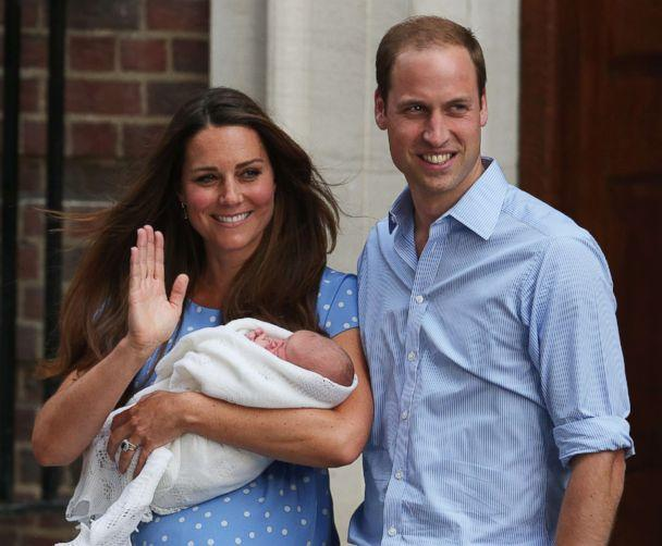 PHOTO:Prince William, Duke of Cambridge and Catherine, Duchess of Cambridge, depart The Lindo Wing with their newborn son, Prince George, at St Mary's Hospital on July 23, 2013 in London. (Oli Scarff/Getty Images)
