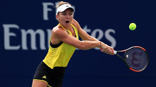Garbine Muguruza, Simona Halep and Venus Williams all won in straight sets on Tuesday, at the WTA Western and Southern Open in Cincinnati.