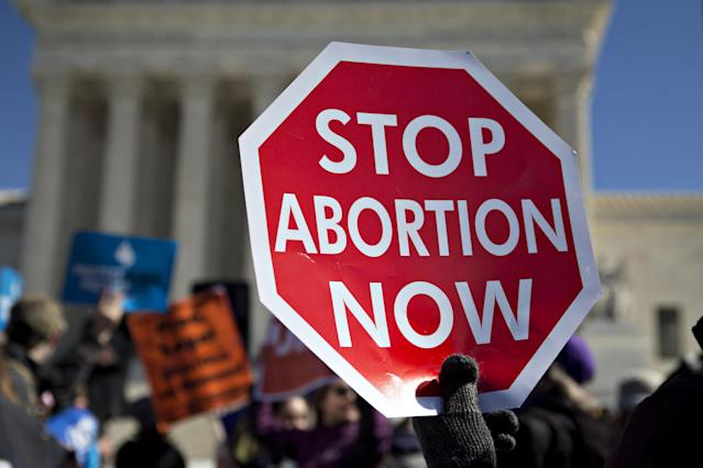 "<span class=""s1"">An abortion protest at the Supreme Court in 2016. (Photo: Andrew Harrer/Bloomberg via Getty Images)</span>"