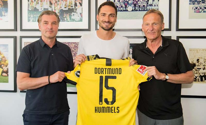 Mats Hummels returns to former club Borussia Dortmund after an extremely successful spell at Bayern Munich. Twitter@BlackYellow