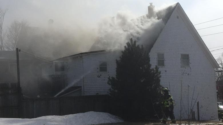 Five people displaced in Charlottetown apartment fire