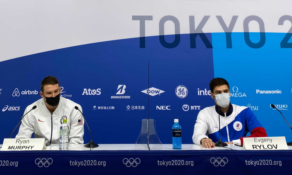 Ryan Murphy and Evgeny Rylov attend an awkward news conference together after the men's 200m backstroke. (Yahoo Sports)