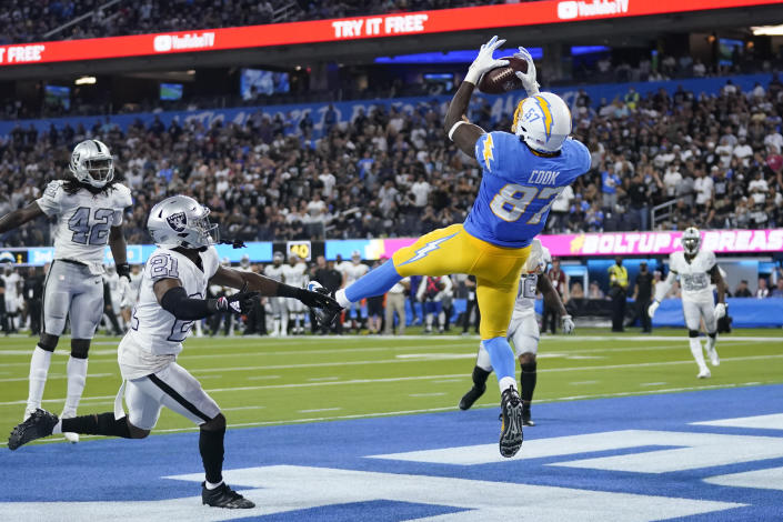 Los Angeles Chargers tight end Jared Cook (87) catches a pass in the end zone for a touchdown during the first half of an NFL football game against the Las Vegas Raiders, Monday, Oct. 4, 2021, in Inglewood, Calif. (AP Photo/Marcio Jose Sanchez)