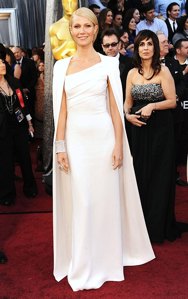 HOLLYWOOD, CA - FEBRUARY 26:  Actress Gwyneth Paltrow arrives at the 84th Annual Academy Awards held at the Hollywood & Highland Center on February 26, 2012 in Hollywood, California.  (Photo by Kevin Mazur/WireImage)