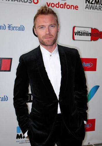 "<p>Ronan Keating has used the release of his new CD ""Duets"" to publically apologise to his wife Yvonne for having an affair with a backup dancer. In the CD sheet notes he wrote ""To my Yvonne, I dedicate this album to you … For the mistakes I have made in my life, I am sorry."" Ronan's family has joined him in Oz, sparking hopes of a reconciliation.</p>"
