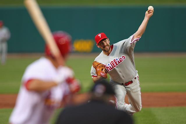ST. LOUIS, MO - MAY 25: Starter Cliff Lee #33 of the Philadelphia Phillies pitches against the St. Louis Cardinals at Busch Stadium on May 25, 2012 in St. Louis, Missouri. (Photo by Dilip Vishwanat/Getty Images)