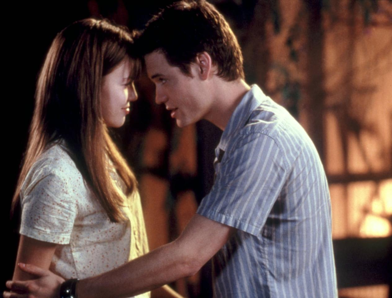 "<p>Sick of <strong>The Notebook</strong>? Skip to <strong>A Walk to Remember</strong>, the second-greatest Nicholas Sparks adaptation of all time. We're still in our feelings about <a href=""https://www.popsugar.com/entertainment/Mandy-Moore-Shane-West-Discuss-Walk-Remember-2017-43055792"" class=""ga-track"" data-ga-category=""internal click"" data-ga-label=""https://www.popsugar.com/entertainment/Mandy-Moore-Shane-West-Discuss-Walk-Remember-2017-43055792"" data-ga-action=""body text link"">the crush Mandy Moore had on Shane West while filming</a>.</p> <p><a href=""https://www.netflix.com/title/60022589"" target=""_blank"" class=""ga-track"" data-ga-category=""internal click"" data-ga-label=""https://www.netflix.com/title/60022589"" data-ga-action=""body text link"">Watch <strong>A Walk to Remember</strong> on Netflix</a>.</p>"