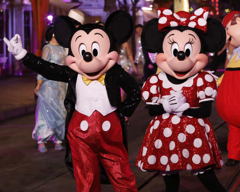 """DANCING WITH THE STARS - """"Disney Night"""" - There will be Disney magic in the ballroom as nine celebrity and pro-dancer couples compete on the fifth week of the 2019 season of """"Dancing with the Stars,"""" live, MONDAY, OCT. 14 (8:00-10:00 p.m. EDT), on ABC. (Kelsey McNeal/ABC via Getty Images) MICKEY MOUSE, MINNIE MOUSE"""
