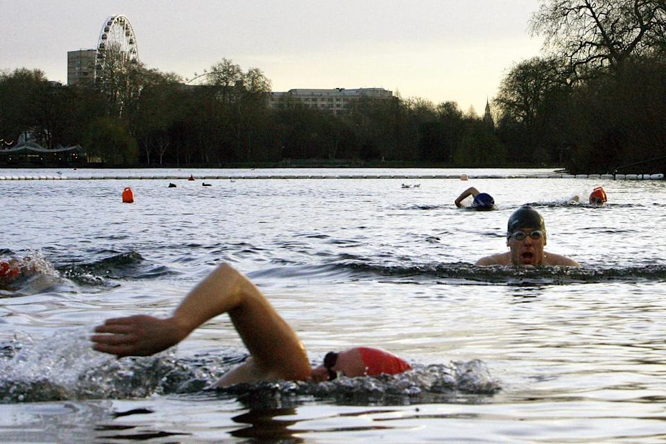 Saturday morning Serpentine Lido swimmers (Getty Images)
