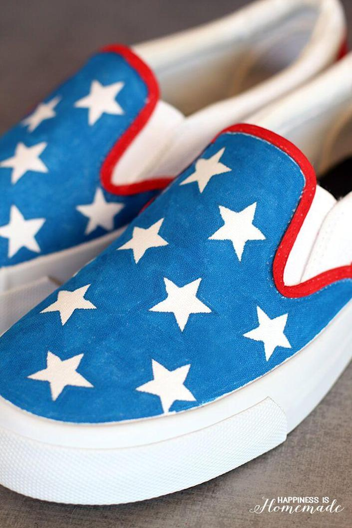 """<p>Give some plain canvas shoes a star-spangled makeover with Elmer's Painters paint markers.</p><p><strong><em>Get the tutorial from <a href=""""https://www.happinessishomemade.net/diy-star-spangled-4th-of-july-shoes/"""" rel=""""nofollow noopener"""" target=""""_blank"""" data-ylk=""""slk:Happiness Is Homemade"""" class=""""link rapid-noclick-resp"""">Happiness Is Homemade</a>. </em></strong></p>"""