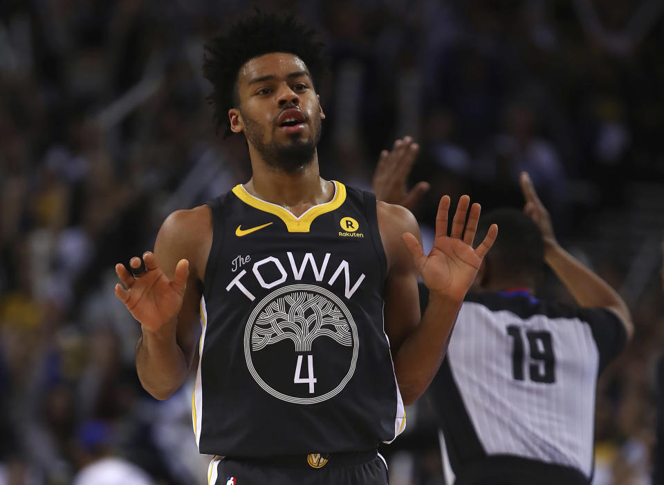 Golden State Warriors' Quinn Cook celebrates a score against the New Orleans Pelicans during the second half of an NBA basketball game Saturday, April 7, 2018, in Oakland, Calif. (AP)