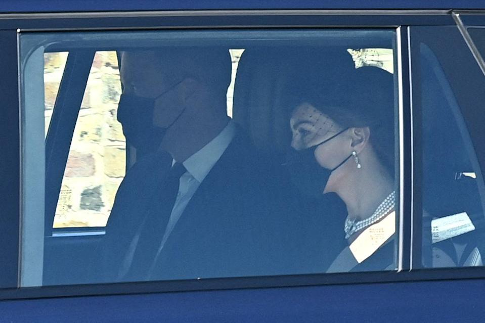 <p>Prince William and Kate Middleton on the way to Windsor Castle ahead of the ceremony. </p>