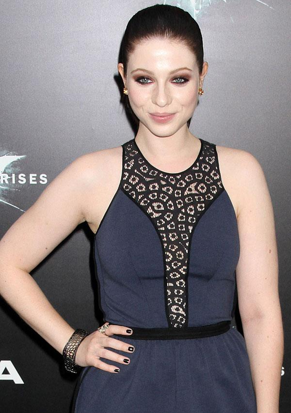 Get Michelle Trachtenberg's Pink Eye Shadow Look For Under $5