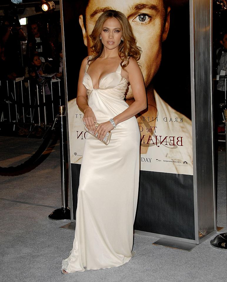 "<a href=""http://movies.yahoo.com/movie/contributor/1800023864"">Jennifer Lopez</a> at the Los Angeles premiere of <a href=""http://movies.yahoo.com/movie/1809785152/info"">The Curious Case of Benjamin Button</a> - 12/08/2008"