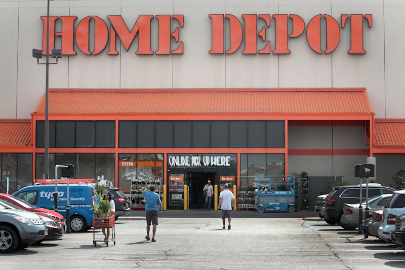 Home Depot And Lowe S Are Having Huge Labor Day Sales This Weekend