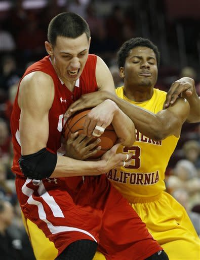 USC ends 9-game skid with 62-45 win over Utah
