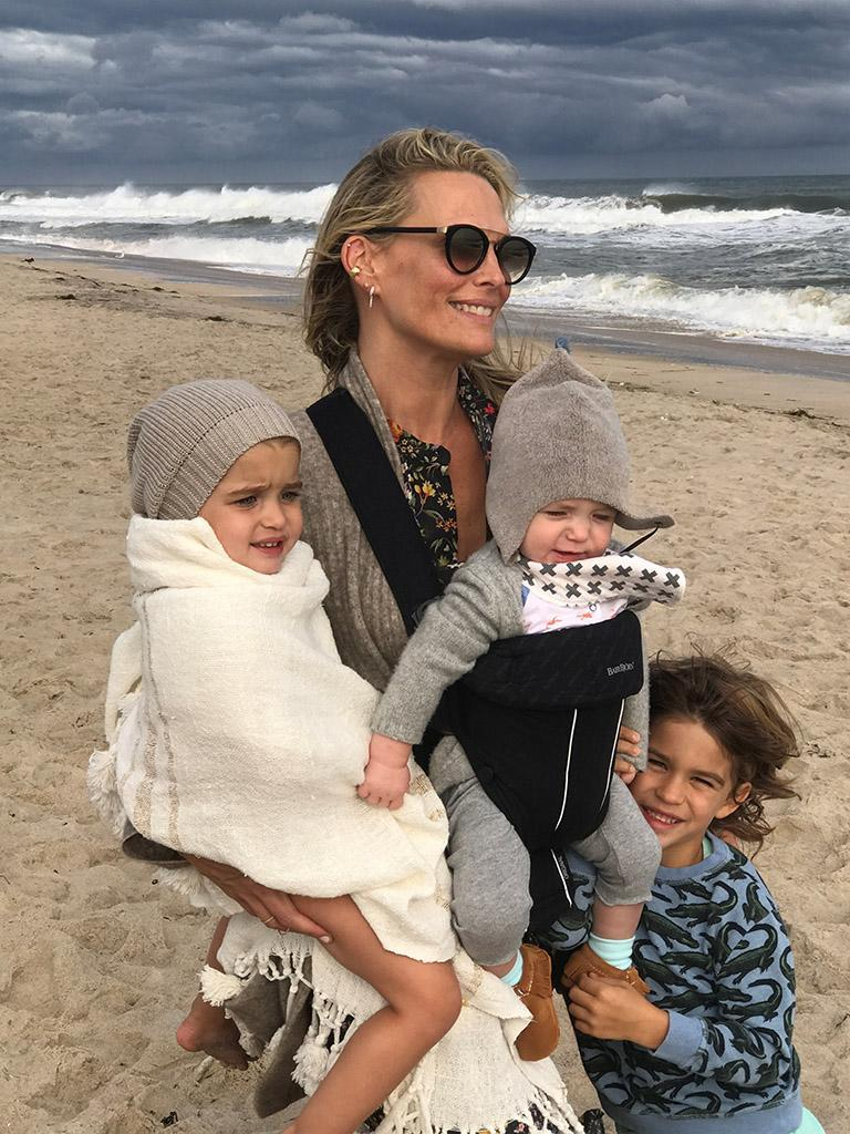 Molly Sims with her crew: Scarlett, Grey, and Brooks. (Photo courtesy of Molly Sims)