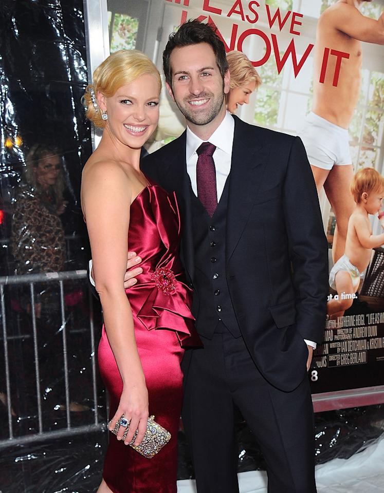 "<a href=""http://movies.yahoo.com/movie/contributor/1800018759"">Katherine Heigl</a> and <a href=""http://movies.yahoo.com/movie/contributor/1810090250"">Josh Kelley</a> at the New York City premiere of <a href=""http://movies.yahoo.com/movie/1810126237/info"">Life as We Know It</a> on September 30, 2010."