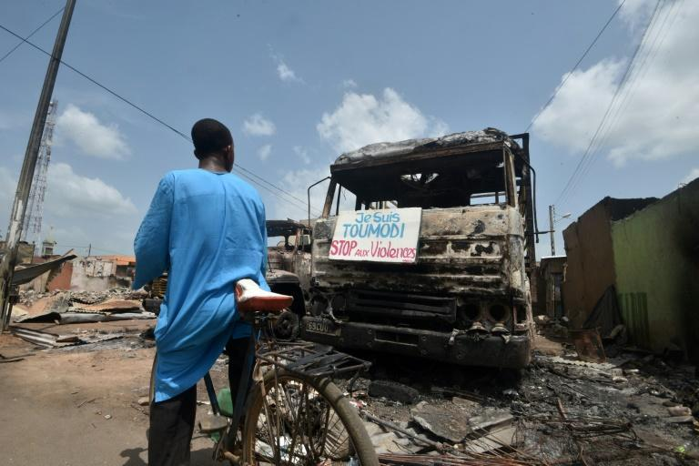 Toumodi, near the capital Yamoussoukro, exploded into clashes between rival ethnic groups
