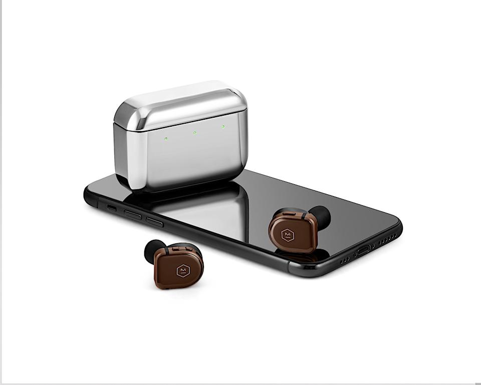 <p>Master & Dynamic's latest true wireless earbuds have a familiar design with new materials, larger drivers and more robust active noise cancellation.</p>