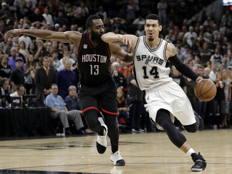 Spurs win Game 5 thriller, take 3-2 lead over Rockets
