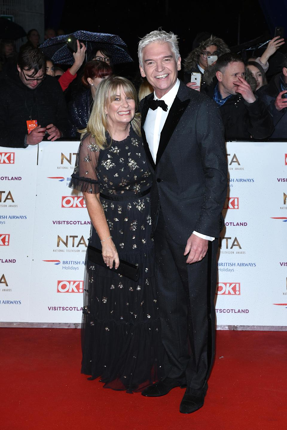 <p>The television presenter graced the red carpet with his wife Stephanie Lowe in a dapper tux. <em>[Photo: Getty]</em> </p>