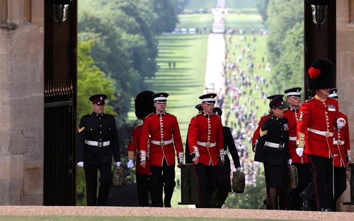 Soldiers make their way to the Quadrangle at Windsor Castle - Chris Jackson