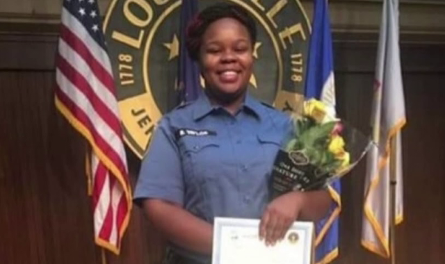 Breonna Taylor: Family of black woman shot dead by US police to get $12m in settlement