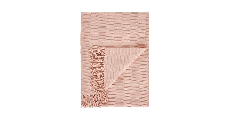 Gallery Linear Pleat Throw