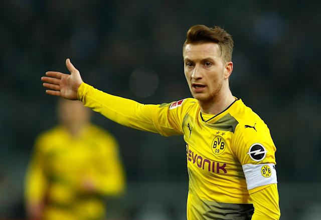 Soccer Football - Bundesliga - Borussia Moenchengladbach vs Borussia Dortmund - Borussia-Park, Moenchengladbach, Germany - February 18, 2018 Borussia Dortmund's Marco Reus REUTERS/Thilo Schmuelgen DFL RULES TO LIMIT THE ONLINE USAGE DURING MATCH TIME TO 15 PICTURES PER GAME. IMAGE SEQUENCES TO SIMULATE VIDEO IS NOT ALLOWED AT ANY TIME. FOR FURTHER QUERIES PLEASE CONTACT DFL DIRECTLY AT + 49 69 650050