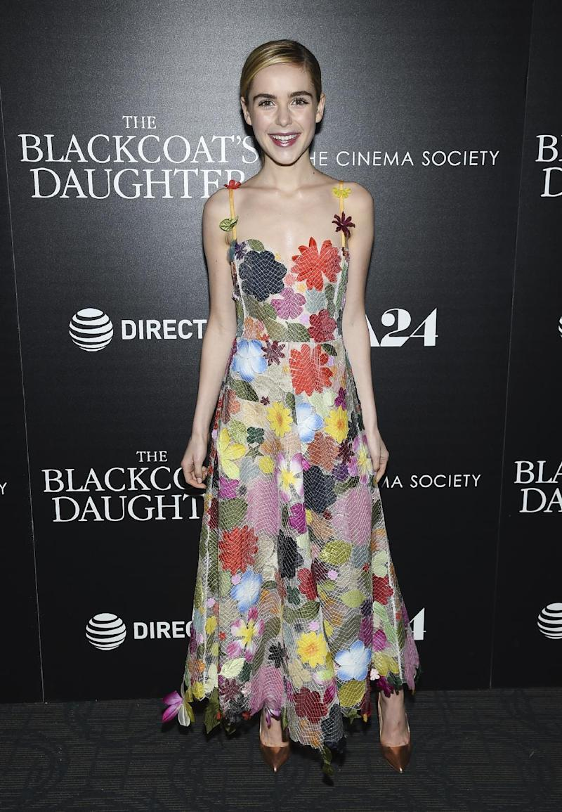At 17 years old, Kiernan outperforms her older co-stars in this abstract floral Rosie Assoulin design.<br /><i>[Photo: AP]</i>