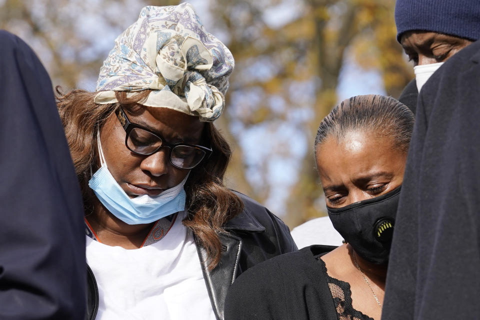 Marcellis Stinnette's mother Zharvellis Holmes, left, and Marcellis's grandmother Sherrellis Stinnette attend a press conference, Wednesday, Oct. 28, 2020, in Des Plaines, Ill., after viewing the videos of the Oct. 20, 2020 police involved shooting in Waukegan that killed 19-year-old Marcellis and seriously wounded Tafara Williams. (AP Photo/Nam Y. Huh)