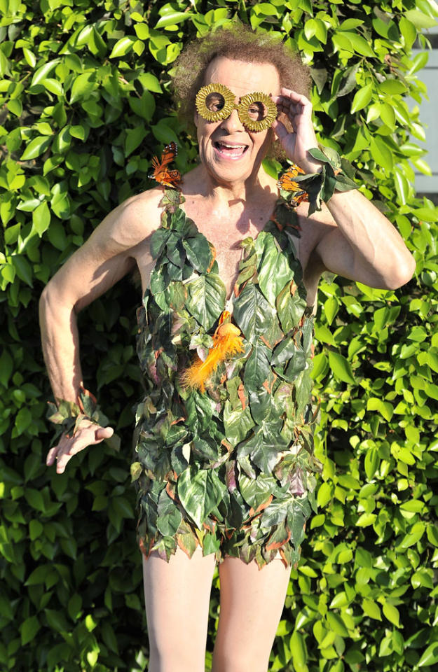 Richard Simmons has finally found a way to ditch those paparazzi who are always on his tail ... wear an outfit made of leaves and then stand in front of some shrubs. Try it, celebs! (8/9/2012)
