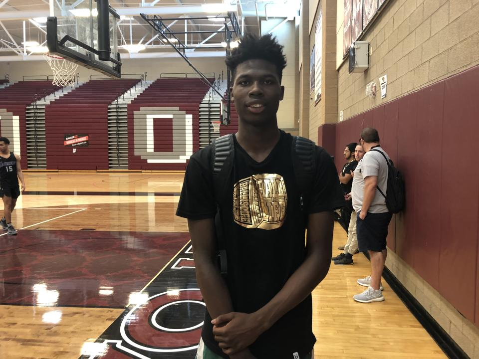 Chris Livingston appears to be the prize recruit of the 2022 basketball recruiting class. (Credit: Corey Evans/Rivals.com)
