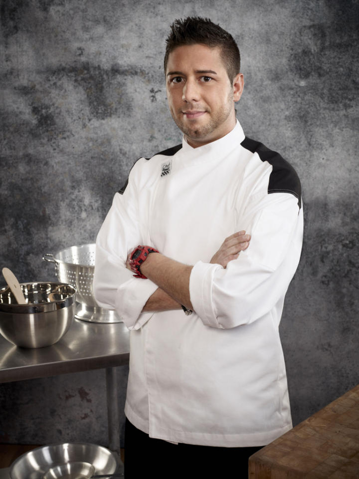 "<b><span style=""font-size:11.0pt; "">Name:</span></b><span style=""font-size:11.0pt;  ""> Justin Antiorio<b><br>Age:</b> 29<b><br>Occupation:</b> Sous Chef<b><br>Hometown:</b> Lyndhurst, NJ</span><b><span style=""font-size:11.0pt;  ""><br>Signature Dish: </span></b><span style=""font-size:11.0pt;   "">Pretzel-Crusted Crab Cake</span>"