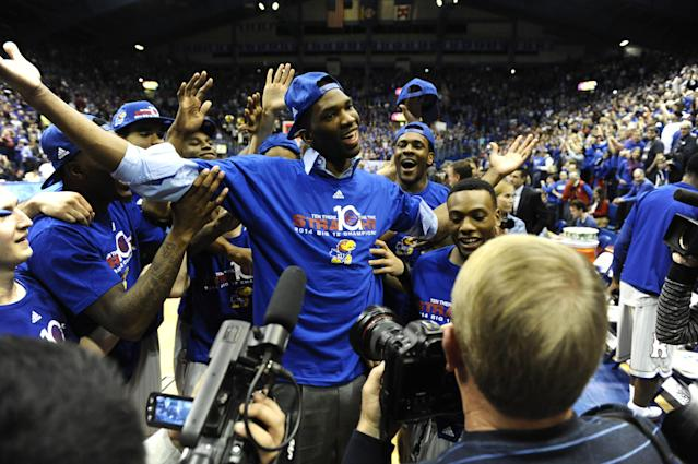Joel Embiid out this week, 'long shot' for first weekend of NCAA tournament